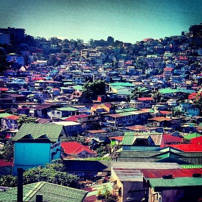 Stop... breathe it all in... no, wait! Stop!!!! Hold your breath instead! Polluted masyado! 100happydaysJLR 100happydays Baguio
