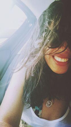 Um sorriso ao vennto é sempre tão caloroso... Salvador Praiadabarra Faroldabarra