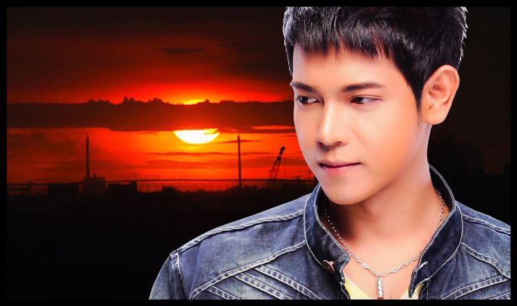 """"""" Liebe stabil """" : Photo by / p diesel form thailand 2017. Bensheim Germany Liberty MOVIE Actor Thailand Net Idol Music Singer  Love Man Beautiful Woman Young Women Looking At Camera Men Photography Headshot Portrait Sunset Real People Close-up Young Adult Lifestyles Sky One Person Beauty Outdoors Day People"""