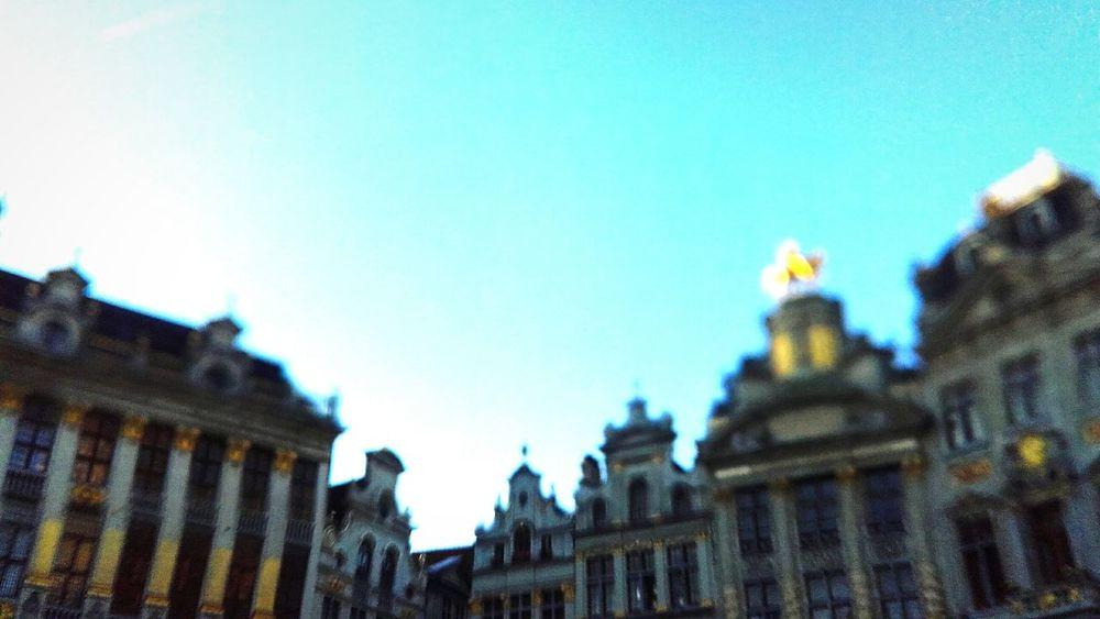 Grand Place Glitch Walking Around The City