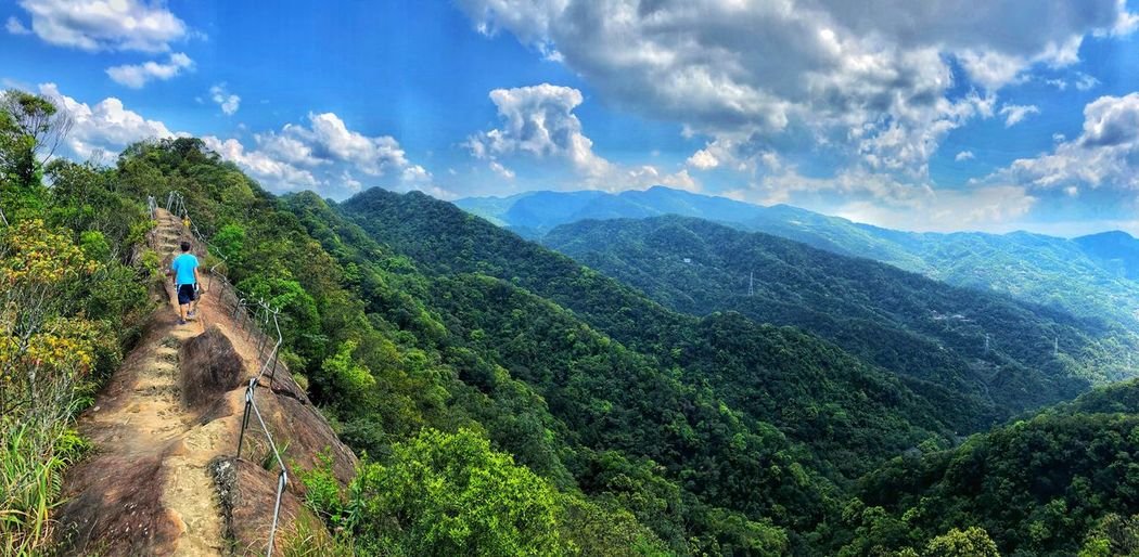 Compared with the nature, the human being is so tiny. All of us have to try hard to get well along with the awesome scenery. Shihding NewTaipeiCity Taiwan Mountainclimbing Leisure Activity Beauty In Nature Lifestyles Cloud - Sky Plant Sky Nature Tree Sunlight Outdoors Go Higher EyeEmNewHere Inner Power