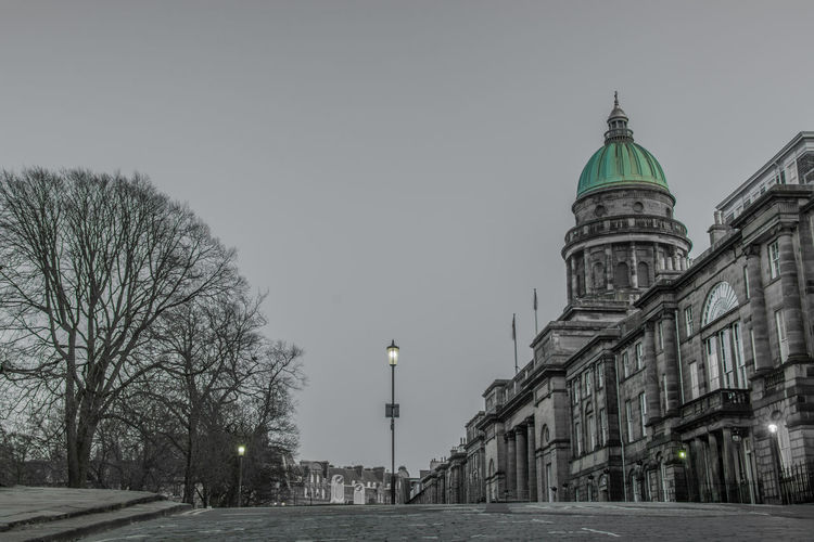 West Register House Edinburgh Trees Architecture Building Building Exterior Built Structure City Dome Green Dome Lowangleview Lowdownground Nikond7200 Nikonphotography No People Onecolour Outdoors Pauldroberts Sky Street Travel Destinations West Register House