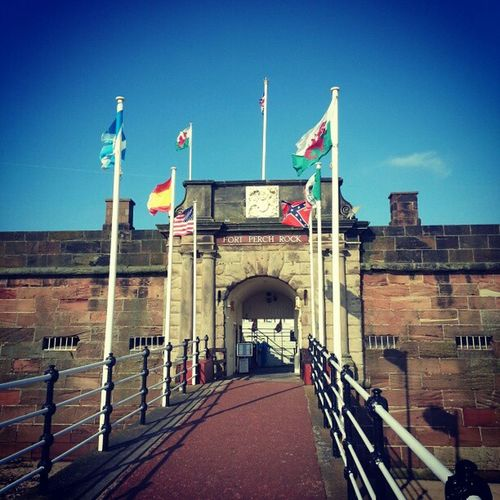 @raclloy Not one but two Welsh flags today Newbrighton Fortperchrock Flags