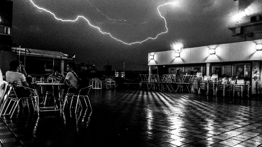 Thunderstorm Rain Beergarden  Juiceonly HBD Clouds Black And White Snap Taking Photos Photography