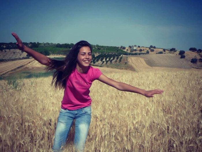 Fly Smile Nature Happiness ??
