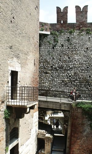 #TheArchitect-Awards2018 #architecture #arquitectura #balcony #carloscarpa #castle  #detail #medieval #museum #verona Building Exterior History Stone Wall Wall Wall - Building Feature The Architect - 2018 EyeEm Awards
