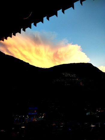 Amanecer Nature Nature Sol Mountain Naturaleza Puesta De Sol Andorra Puestadesol Andorra La Vella Cielo Y Nubes  Natulareza Montañita Montañas❤ Andorre Andorralavella Arboles , Naturaleza Nuebes