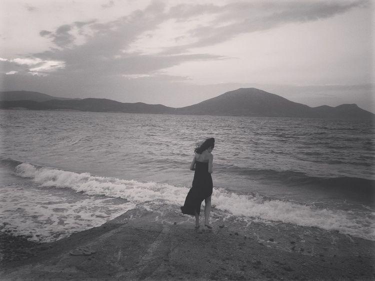 Travelerslife Travel Photography Beach Life Sea View Summer Greece Estate2016 Summertime Summer2016 Besteyeemtravel Blackandwhite Potrait Of Woman Besteyemphotos Seascape