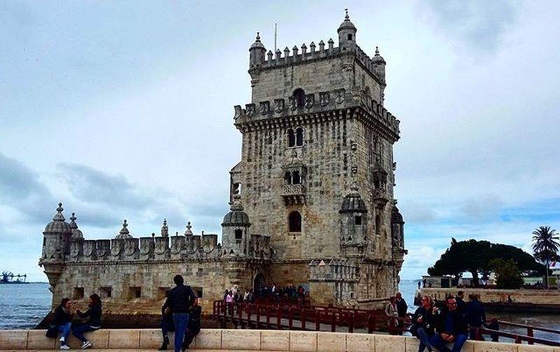 Belém Belemtower Torredebelem Tourdebelem Portugal Lisbon Lisbonne Holidays Visiting Tourism Tourisme Visite Decouverte Cloudyday Clouds Helloworld Whereisthesun