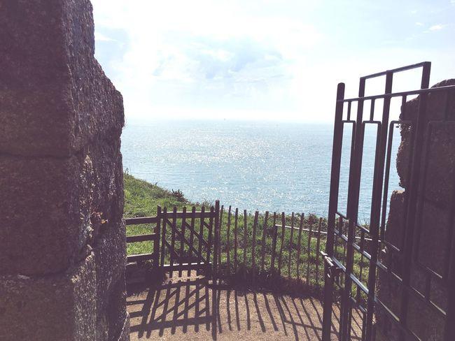 Gate Sea