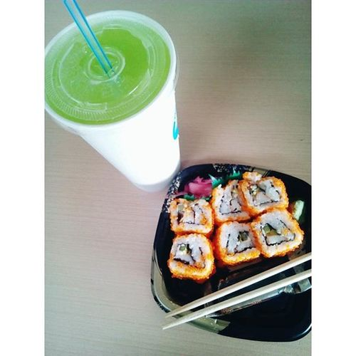 Cravings solved. 😂 Cucumber juice and California Maki! Wohooooooooooooooooo!! 😄 Happyme HappyTummy Cravings Solved Cucumberjuice Californiamaki Chawap Day22 100daysofhappinesschallenge