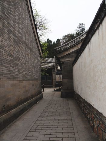 Summer Palace 北京 Beijing, China Shades Of Grey Walls Street No People Peace And Quiet Tranquilitity Chinese Culture Chinese Architecture Chinese Style Chinese History China Photos Grey Chinese Art China