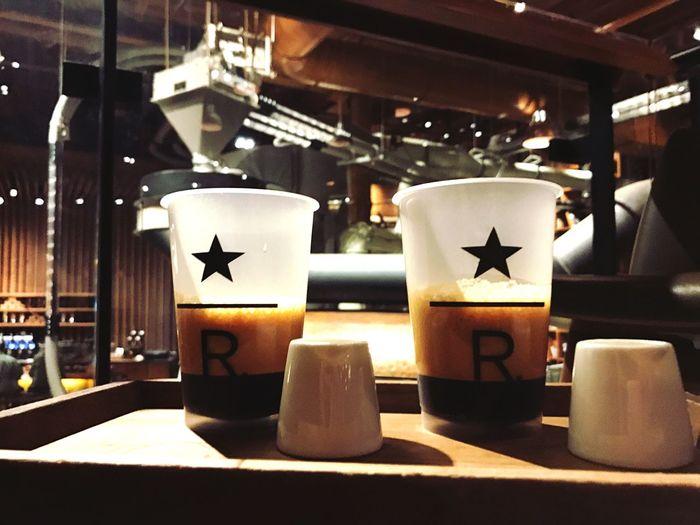 Starbucks StarbucksReserve Close-up Nightlife Hanging Out Relax Coffee Coffee Break Coffee ☕ Coffee Shop Shakirato Myfav MyFavorite