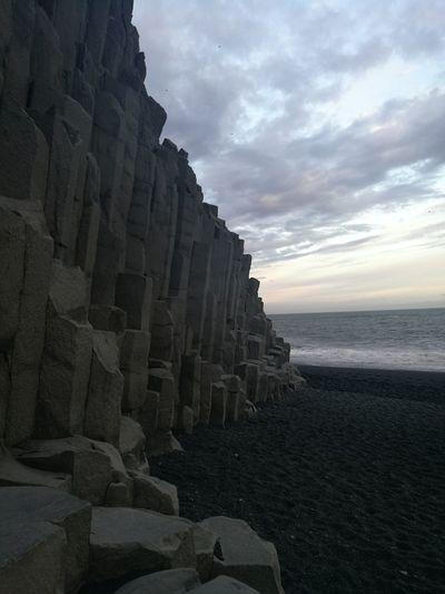 Iceland Islandia Island Suðurland Vik Vík í Mýrdal Reynisfjara Black Beach Black Sand Black Beach Sand Geology Geological Formation Basalt Basalt Rock Basalt Columns Basalt Rock