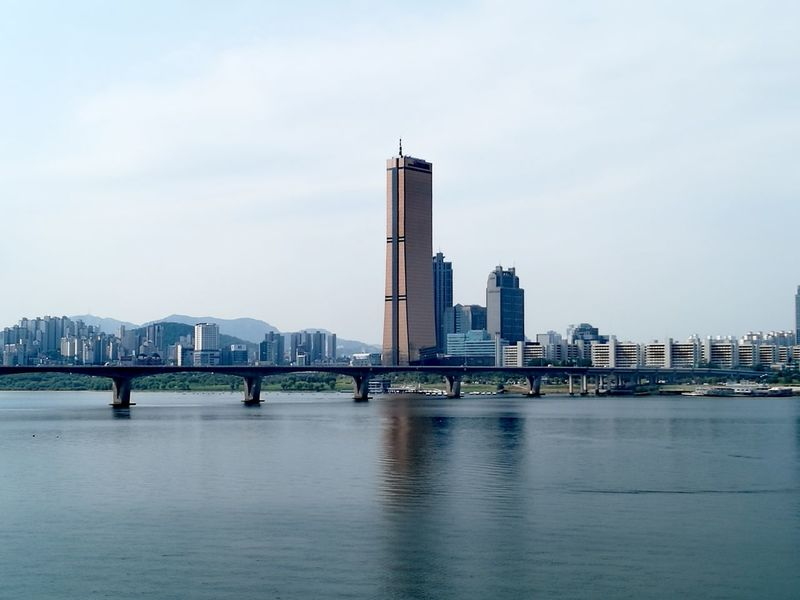 The City Light City Skyscraper Urban Skyline Travel Destinations Architecture Bridge - Man Made Structure Modern Cityscape City Life Outdoors Downtown District Business Finance And Industry Water Office Building Exterior Day Seoul, Korea