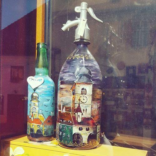 Un sifon cu caracter! Handmade Painting Iloveromania Discovery Discoverromania Sibiu Art Littlebeautifulthings