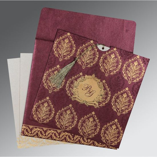 Leave a sparkling first impression on your wedding guests by choosing this hot foil stamped glamorous Indian Wedding Cards for your wedding. https://www.123weddingcards.com/card-detail/D-8249I For more premium Invitations Visit us at: https://www.123weddingcards.com/premium-wedding-invitations-collection Foil Wedding Invitations Foil Invites By 123WeddingCards Hot Foil Stamping Wedding Invitations Indian Wedding Invitations Handmade Paper Premium Wedding Invitations