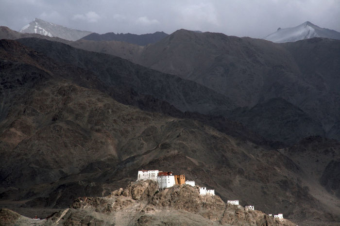 Architecture Arid Climate Buddhism Darkness And Light Day EyeEmNewHere Himalayas Historical Building Historical Monuments Ladakh Monastery Mountain Mountain Range Nature No People Outdoors Scenic Landscapes Scenic View Sky Thiksey Top Of The World The Great Outdoors - 2017 EyeEm Awards Neighborhood Map Live For The Story Lost In The Landscape