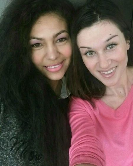 So much love in one pic! Loved your visit my beautiful friend! @malasmile Bff Melhor amiga Bulgariangirl Bestfriend Happygirls