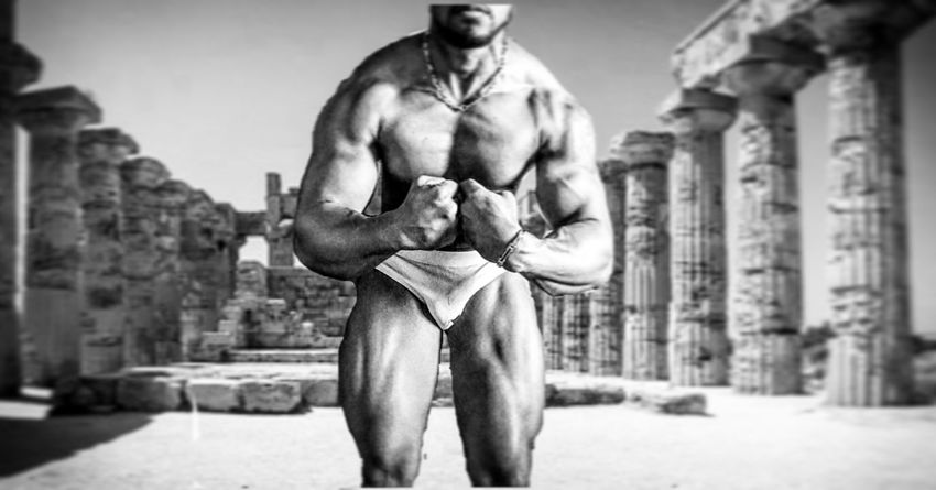 Shirtless Men Muscular Build Only Men Athlete Sport Body & Fitness GymLife Bodybuildingmotivation Bodybuiling Arts Culture And Entertainment