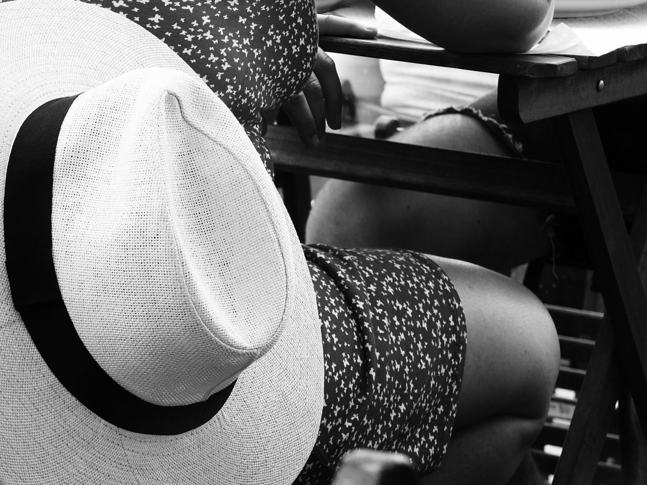 hat, real people, one person, human body part, sun hat, indoors, close-up, lifestyles, women, day, young adult, abdomen, people