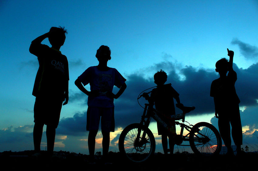 my life is my adventure Adventure Buddies Adventuretime Batusepuluh Bicycle Bintancenter Child Culture Dailylife INDONESIA Kepulauanriau Ketanjungpinanglah Lifestyles Mediumgroupofpeople People Playing Riding Silhouette Sunset Tanjungpinang Theirlife Togetherness Transportation Traveldestination Wonderfulindonesia Wonderfulkepri