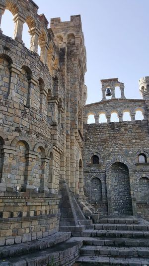 Old Ruin History Ancient The Past Architecture Travel Destinations Ancient Civilization Archaeology Built Structure Tourism Travel Outdoors Day No People Art Is Everywhere A Day In Your Life MomentsToRemember A Point Of View. Beauty In Nature Stone Castel Grey Grey Wall