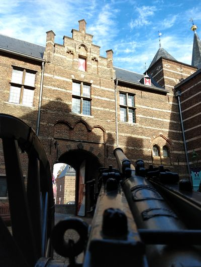 canon at the square in Helmond castle Castle Canon Sky Architecture Building Exterior Built Structure Cloud - Sky Historic