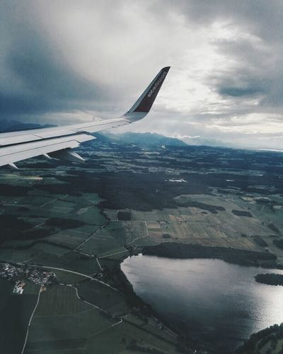 I love the airplane view so much🌍Let's Go. Together. Traveling Travel Photography Travelling Photography Airplane Airplaneview Austria Lake View From Above Landscape Nature Photography Nature_collection Outdoor Photography Women Around The World Austrianphotographers