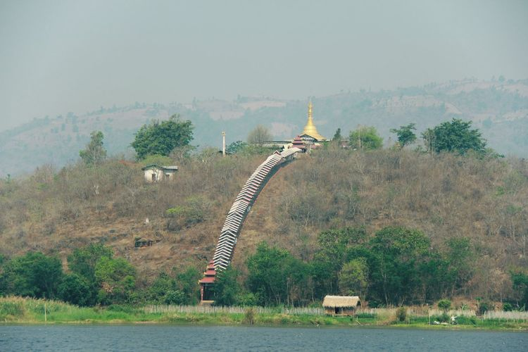 Stupa on the moutain City Tree Water River History Sky Architecture Civilization Ancient Civilization Riverbank