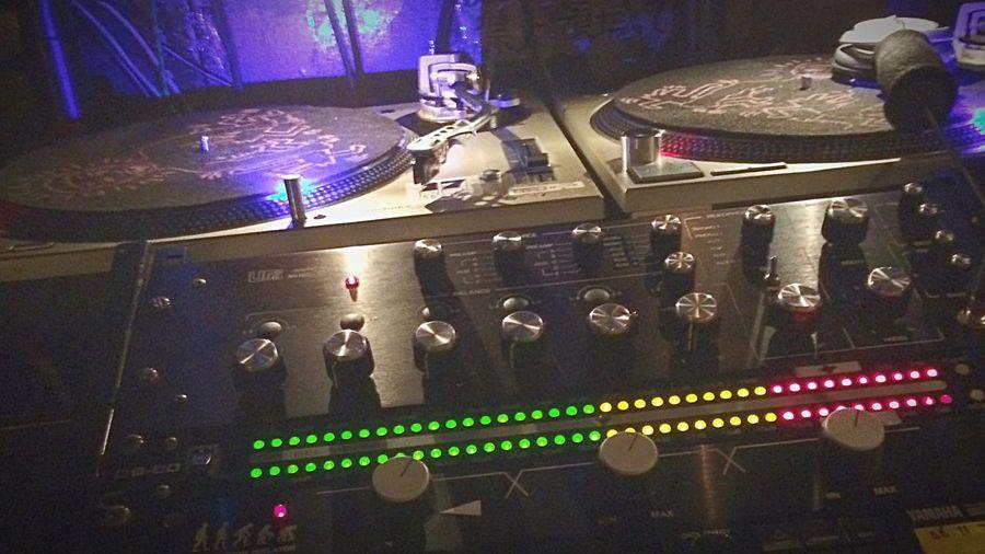 "Best Dj Mixer ""UREI"" Dj Housemusic Ilovehousemusic Djmixer Clubbing Club Helloworld Andrecollins Dj Mixer DJing Housemusic"