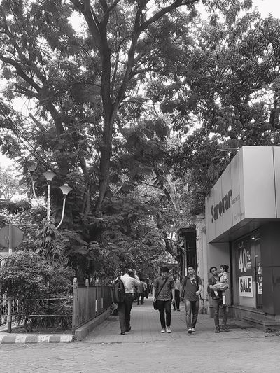 City Samsung S7 Edge S7 Edge Photography Destination Unknown Morning Road City Morning Glow Blackandwhite Photography Blackandwhite Busylife