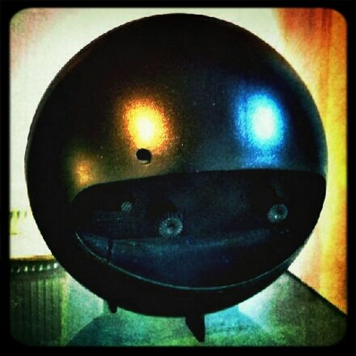 keep that smile on your face !!! Faces Light Colors Smile HDR Pacman Keep That Smile On Your Face Reflection