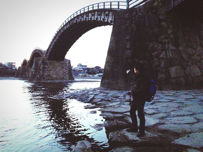 九州旅行 12302015 錦帯橋 朝からどうやって作ったのか分からないようなアーチ状の橋へ。