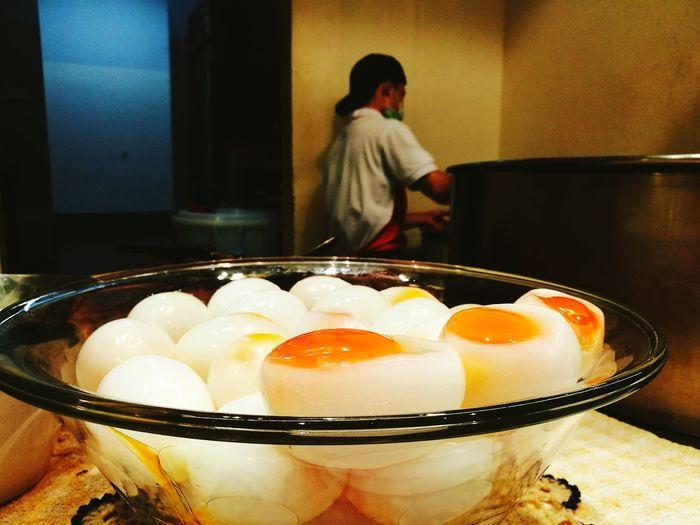 Occupation Working Adult Freshness Night Egg Yolk Food Indoors  People Healthy Eating Thai Chef Egg Paradise Egg Matoom