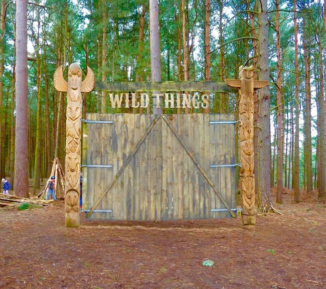Rushmere Park Wild Things Gates Totem Park