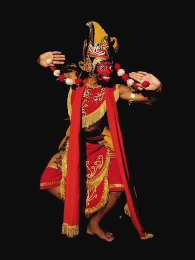Bapang Mask Dancers Mooiindiecomm Mooipotret Olympus OM-D E-M5 Dancers Iphonesia Mask