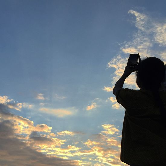 You shot ,i shot ,shot,shot,shot! Behond The Scenes Taking Photos Clouds And Sky Sunsets