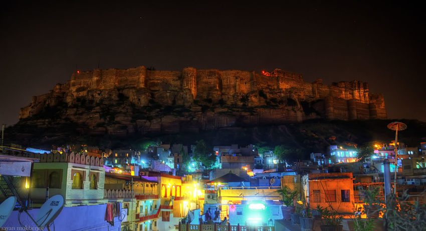 A look at the Mehrangarh Fort when the night falls... Incredible India Rajasthan Nightphotography Mehrangarhfort