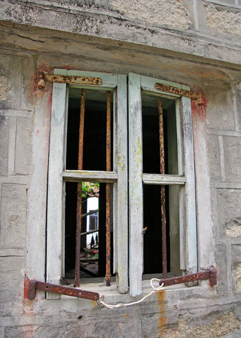 Building Damaged Day Deterioration Exterior Hong Kong House Old Residential Structure Rust Weathered Window Wood - Material