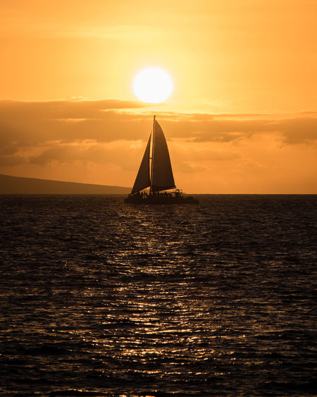 Sunset Sailing Sea Travel Sailboat Nautical Vessel Summer Business Finance And Industry Scenics Hawaii EyeEm EyeEm Gallery Backgrounds EyeEm Best Shots Fineart EyeEm Nature Lover Beauty In Nature Long Goodbye