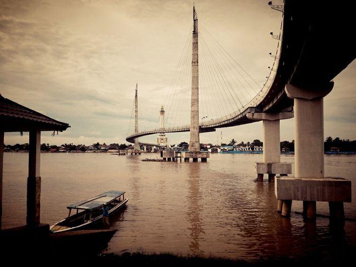 Gentala Arasy Bridge Batanghari River Kawasan Nongkrong Tanggo Rajo Jambi, Indonesia