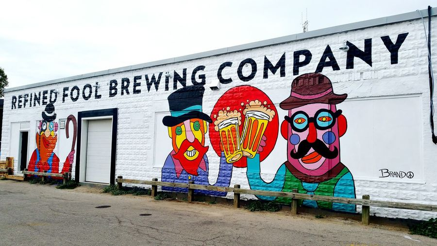 Drinking at Refined Fool Brewery in Sarnia Ontario and noticed a Colourful Mural out in the back. Great Craft Beer.