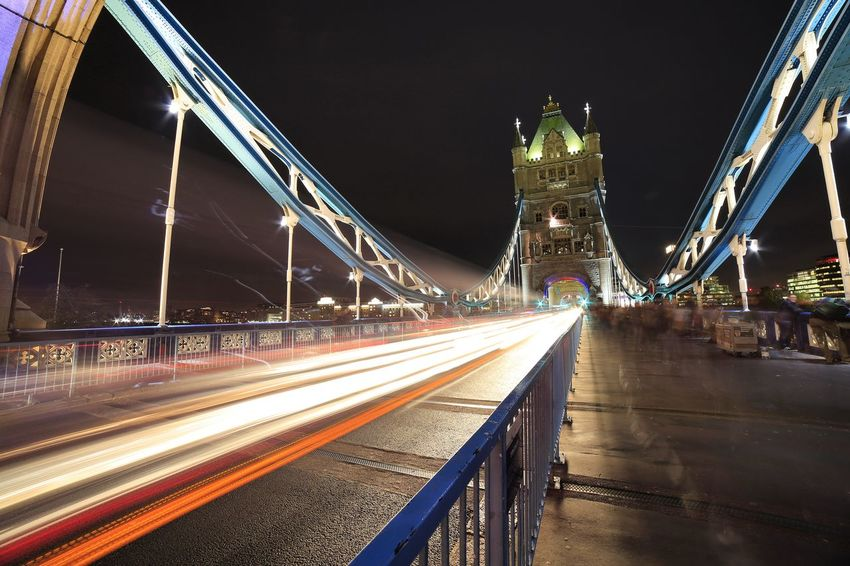 The Tower Bridge.. Night Illuminated Long Exposure Travel Destinations London Streetphotography Livefortravel Phototraveller Liveforadventure Waphaphotographer Wanderlust Globetrotter Travel Photography Viaggiare Eyemphotography Wonderful Adventure Nationalgeographic EyeEmNewHere Autumn Lonelyplanet Canon Tower Bridge🌉 Landscape Outdoors