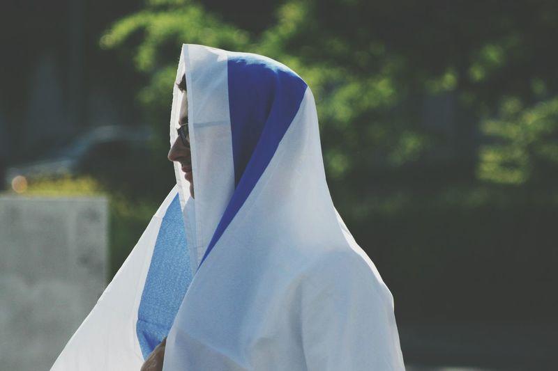 Demonstration Praying Voile Flag Demonstration Manifestation Testimony Israel Antisemitism Jerusalem Pro Drapeau Covering Love Country Nation SUPPORT White Blue Green EyeEm Selects Veil Calm Visual Creativity The Fashion Photographer - 2018 EyeEm Awards