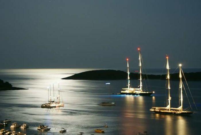 Shimmering Waters Shimmering Sea Moonlight On The Sea Nautical Vessel Tallships Duskporn Duskphoto