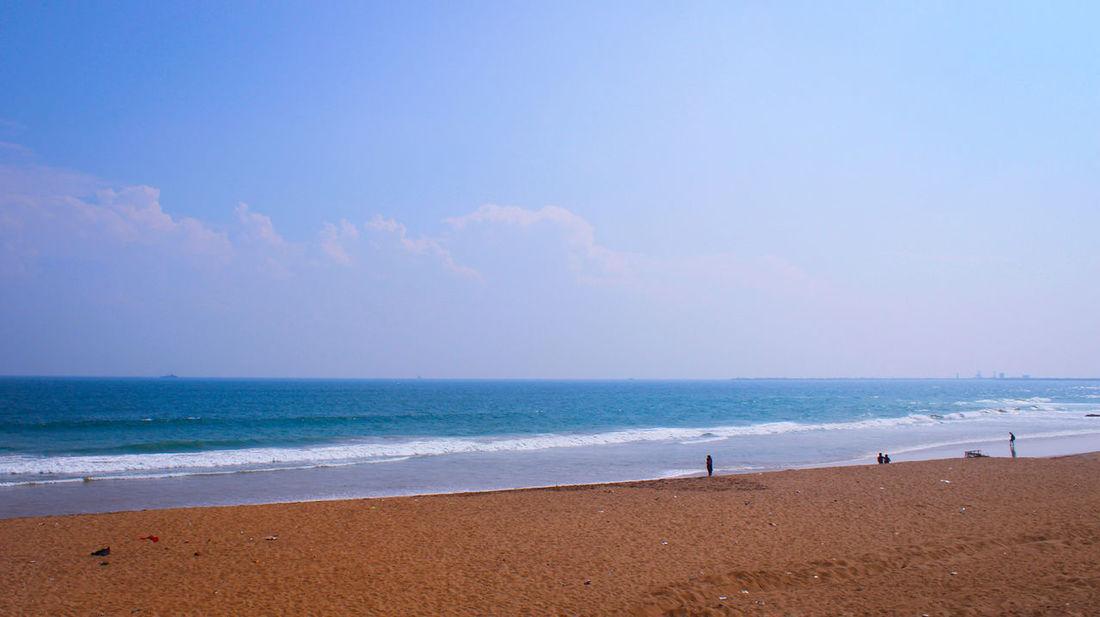 R.K. Beach, Visakhapatnam, India VisakhapatnamDiaries Beachphotography Beach Life Beachlovers Beach View BEACH!  Sand Beach Bluewaters Canon700D Canonphotography