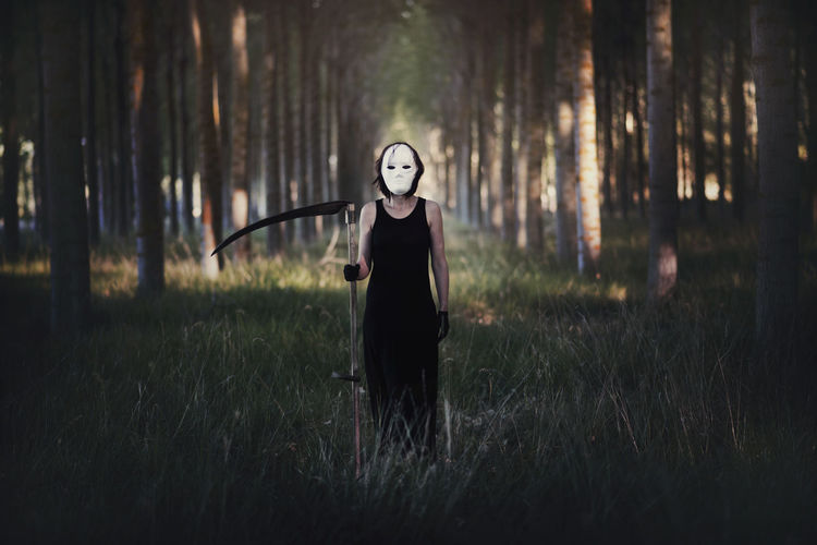 Dark Death Fear Ghost Murder Panic Revenge Woman Zombie Black Danger Dead Forest Grass Killer Looking At Camera Mystery Night Nightmare Outdoors Portrait Standing Terror Tree Violence