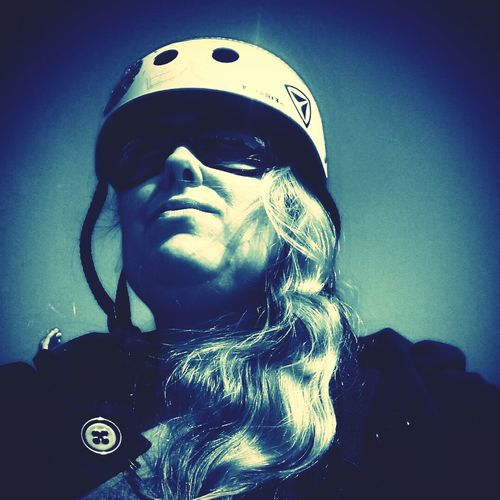 Me as a cool skatebord mother 😆 Taking Photos Funny Picture That's Me Skatepark Skate Life