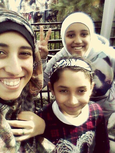 Knott's Berry Farm That's Me Knottsberryfarm Knotts Berry Farm Familyselfie Besties Me And My Sister Sistaaa✌ Sisy Love❤ Sisters